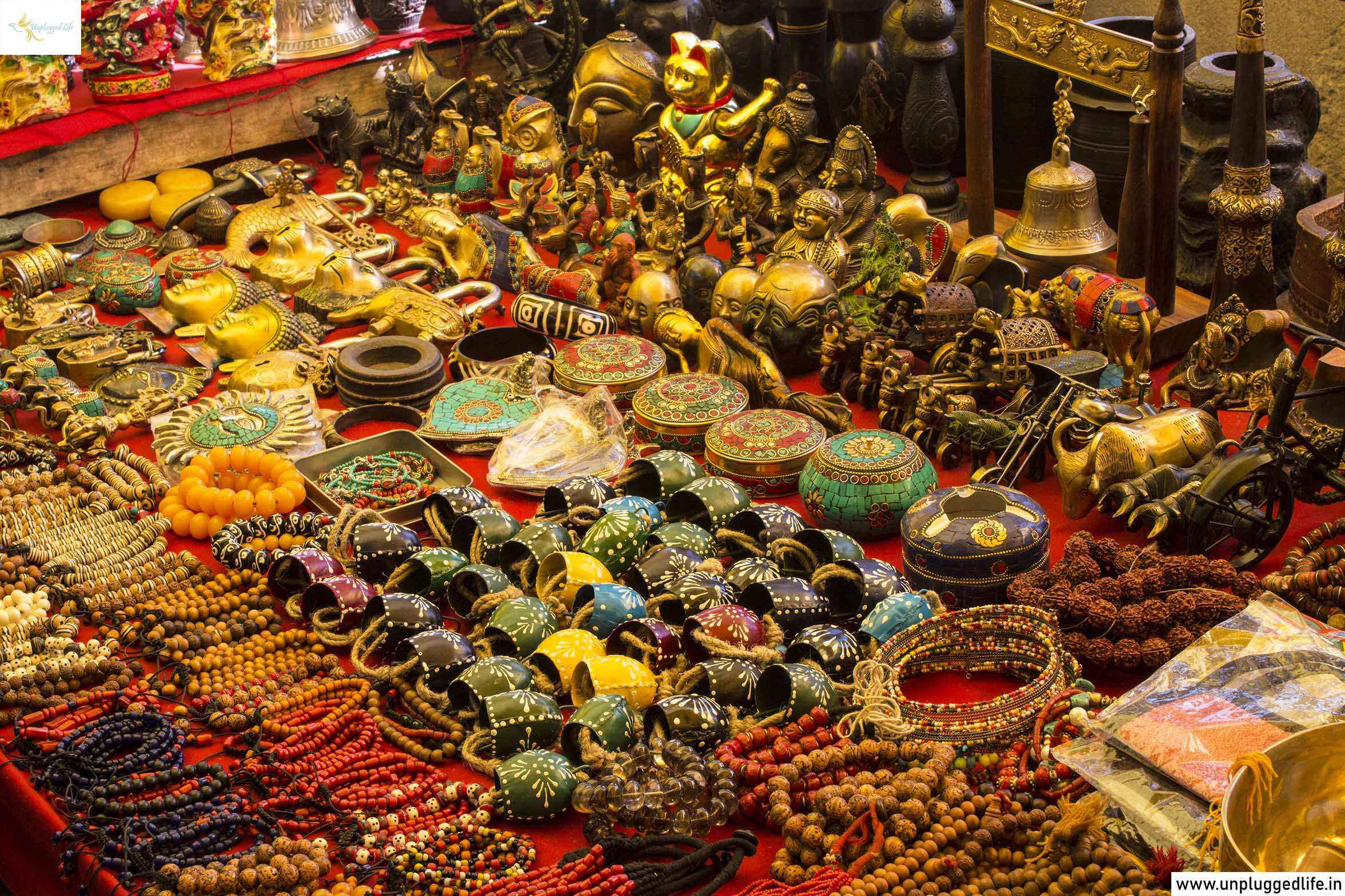 Souvenirs in Ladakh, Souvenir Shop in Leh Ladakh, Shop Souvenirs in Leh Ladakh, Shopping Places in Ladakh, Shopping in Leh, Souvenir Shop in Leh, Souvenir Shopping in Leh, Shopping Tour, Ladakh, Leh Market, Top Places in Ladakh, Sightseeing in Leh-Ladakh, Unplugged Life, Himalayas