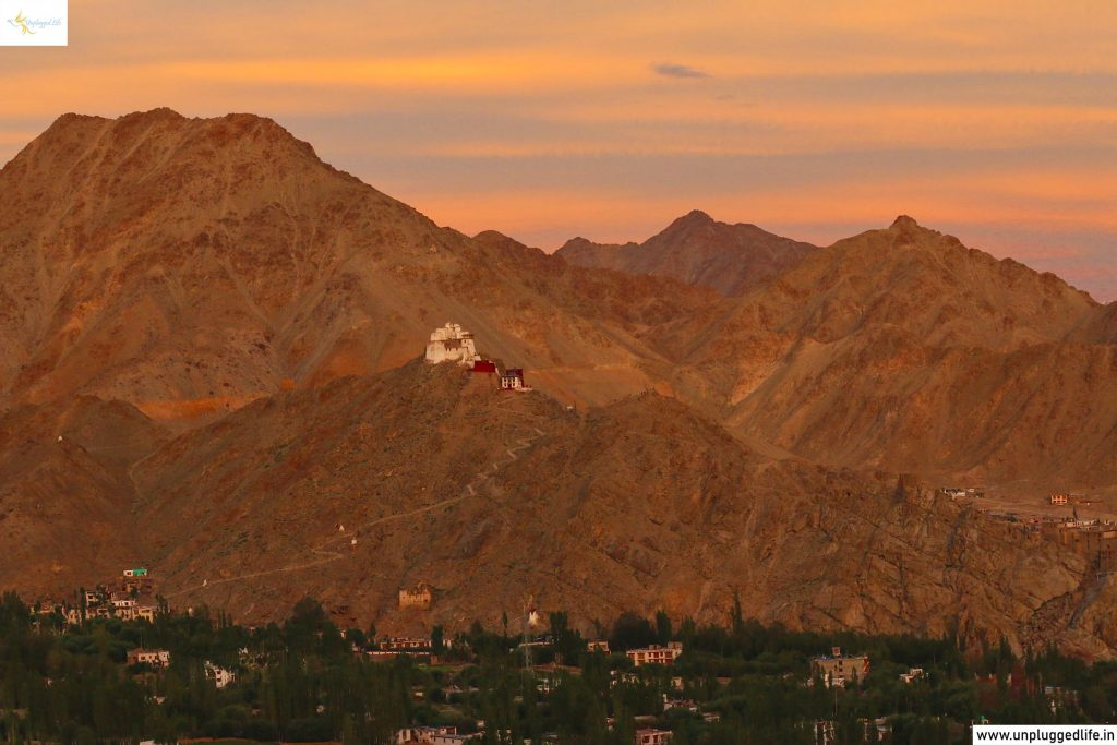 Unplugged Life, Himalayas, Ladakh, Leh View, View of Ladakh, View from Shanti Stupa, Shanti Stupa Sunset View, Sunset in Leh, Sunset in Ladakh, Namgyal Tsemo in Leh, Mountain View, Leh Ladakh Sightseeing Tour, Leh Ladakh Package, Book Ladakh Trip, Sunset Point, Best Sunsets